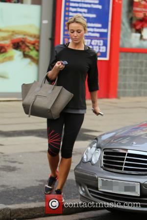 Alex Gerrard - Alex Gerrard seen leaving Jordanians Hair & Beauty salon in her gym wear - London, United Kingdom...