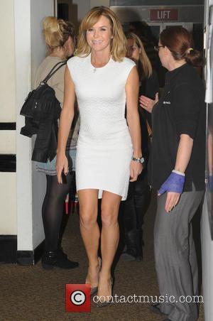 Amanda Holden - Amanda Holden signs copies of her new book 'No Holding Back' at Waterstones in Birmingham - Birmingham,...