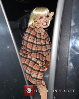Holly Willoughby - Jonathan Ross hosts his annual Halloween Party at his home in North London - London, United Kingdom...