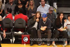 Jason Sudeikis and Olivia Wilde - Celebs out watch the Lakers play NBA basketball. - Los Angeles, CA, United States...