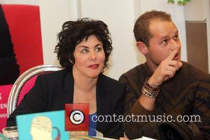 Ruby Wax - Ruby Wax signs copies of her new book at Paagman book store - The Hague, Netherlands -...