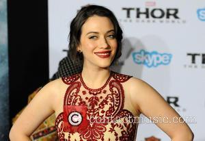 Kat Dennings - Los Angeles premiere of 'Thor: The Dark World' at El Capitan Theatre - Arrivals - Los Angeles,...