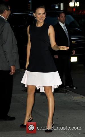 Natalie Portman - Celebrities outside the Ed Sullivan Theater for the Late Show with David Letterman - New York, United...