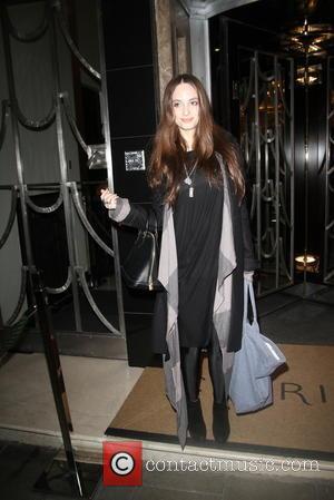 Alexa Ray Joel - Singer songwriter Alexa Ray Joel leaves a London hotel - London, United Kingdom - Thursday 7th...