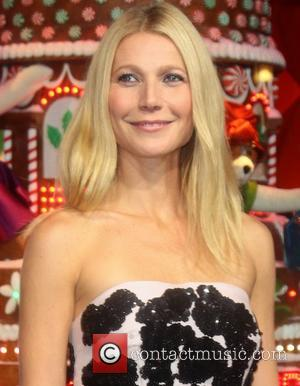 Gwyneth Paltrow - 'Printemps' Christmas decorations inauguration