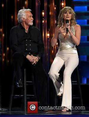 Kenny Rogers and Jennifer Nettles