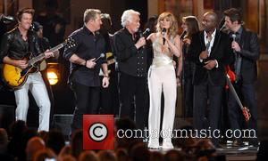 Rascal Flatts, Kenny Rogers, Jennifer Nettles and Darius Rucker - 47th CMA Awards Show - Nashville, Tennessee, United States -...