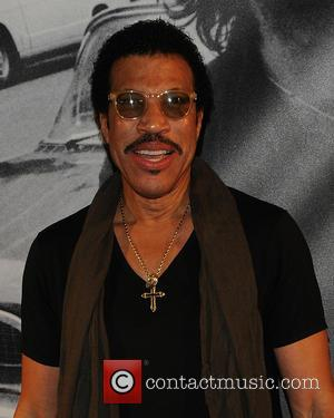 Fail! Lionel Richie's Name Spelled Wrong At The BET Awards