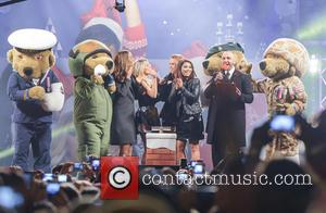 The Saturdays and Atmosphere - The Saturdays (minus Frankie Sandford) turn on the Christmas Lights and perform live at The...