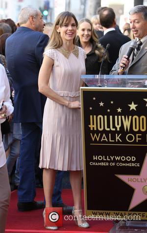Hillary Swank - Mariska Hargitay Honored On The Hollywood Walk Of Fame - Hollywood, California, United States - Friday 8th...