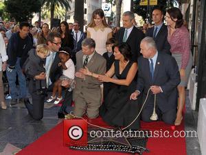 Peter Hermann, Leron Gubler, Hillary Swank, Mariska Hargitay and Tom LaBonge - Mariska Hargitay Honored On The Hollywood Walk Of...