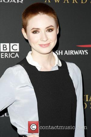 Everything We Know About Karen Gillan's New Sitcom 'Selfie'