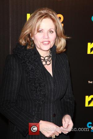 Renee Fleming Announced For Super Bowl 2014: A Look Back On Some Of The Great Anthem Singers Through The Years