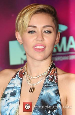 Miley Cyrus Addresses Joint Smoking Controversy At The Mtv Emas