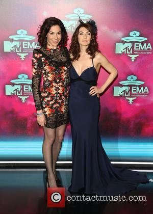 Halina Reijn and Carice Van Houten