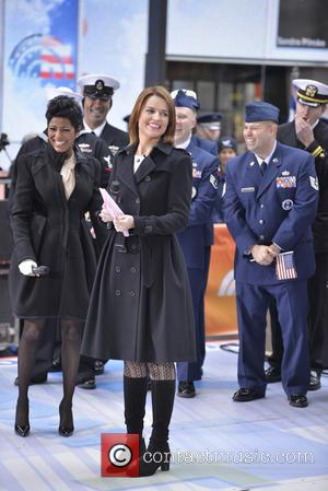 Savannah Guthrie - The Today show in New York - Manhattan, New York, United States - Monday 11th November 2013