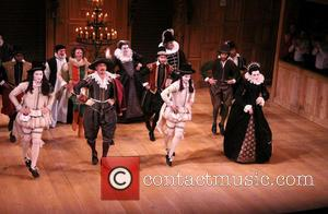 Samuel Barnett, Mark Rylance and Cast