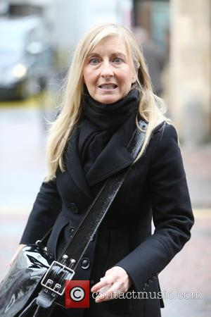 Fiona Phillips - Fiona Phillips outside the itv studios - London, United Kingdom - Tuesday 12th November 2013