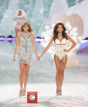 Taylor Swift and Lily Aldridge