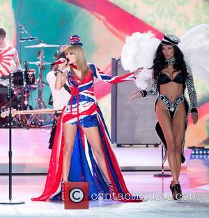 Taylor Swift and Adriana Lima