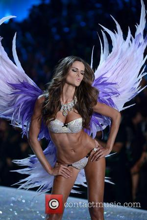 Izabel Goulart - 2013 Victoria's Secret Fashion Show at the Lexington Armory - Runway Show - Manhattan, New York, United...