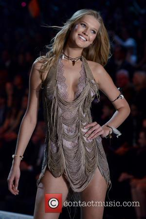 Toni Garrn - 2013 Victoria's Secret Fashion Show at the Lexington Armory - Runway Show - Manhattan, New York, United...