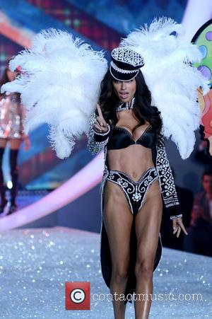 Adriana Lima - 2013 Victoria's Secret Fashion Show at the Lexington Armory - Runway Show - Manhattan, New York, United...