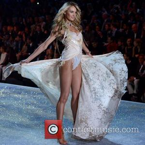 Candice Swanepoel - 2013 Victoria's Secret Fashion Show at the Lexington Armory - Runway Show - Manhattan, New York, United...