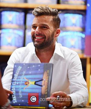 Ricky Martin - Ricky Martin greets fans and signs copies of his children's book 'Santiago The Dreamer In The Land...