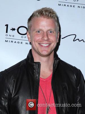 'The Bachelor's' Sean Lowe and Catherine Giudici Have Tied The Knot In Front Of Million Of People