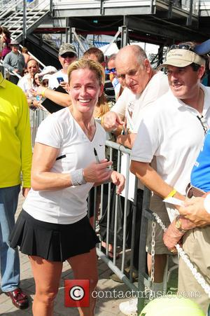 Elisabeth Shue - 2013 Chris Evert Pro-Celebrity Tennis Classic at Delray Beach Tennis Center - Delray Beach, Florida, United States...