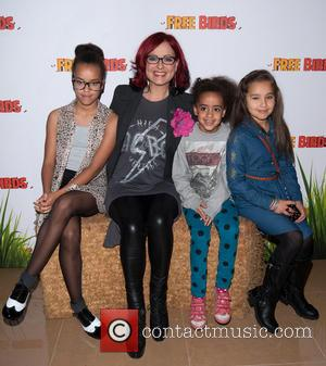 Carrie Grant and Guests