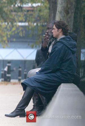 Nonso Anozie and Richard Madden