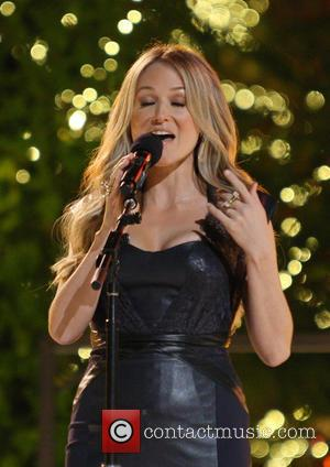 Jewel - 11th Annual Christmas Tree Lighting Spectacular at The Grove Ceremony - Los Angeles, California, United States - Monday...