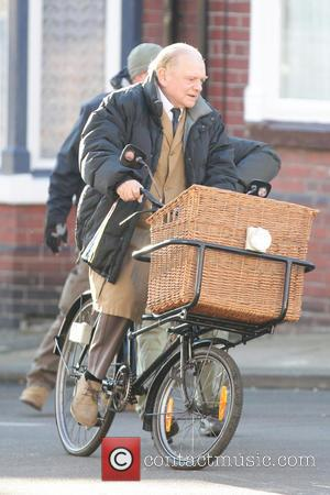 David Jason - David Jason and Johnny Vegas filming a one-off Christmas special of the classic British comedy Open All...