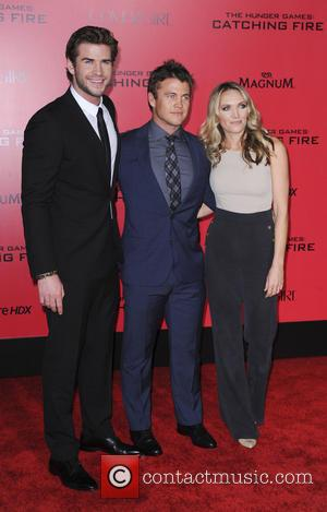 Luke Hemsworth and Liam Hemsworth - The Hunger Games Catching Fire Premiere - Los Angeles, California, United States - Tuesday...