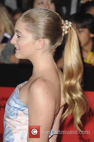 Willow Shields - The Hunger Games Catching Fire Premiere - Los Angeles, California, United States - Tuesday 19th November 2013