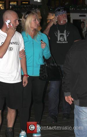 Hulk Hogan, Nickhogan and Brooke Hogan
