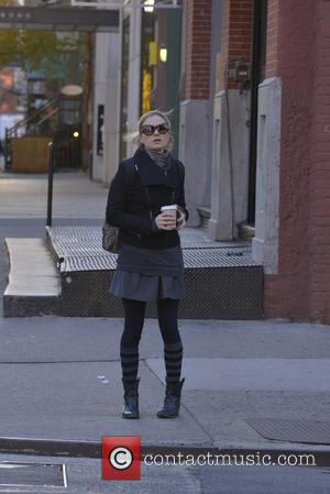 Anna Paquin - Anna Paquin out in the East Village - Manhattan, New York, United States - Thursday 21st November...