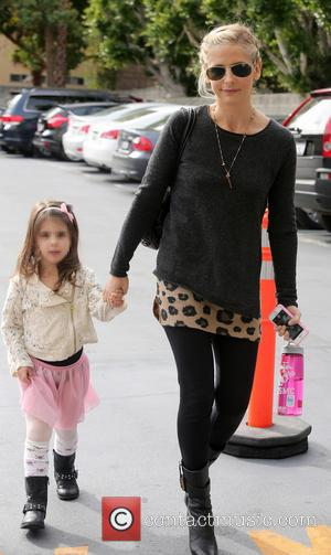 Sarah Michelle Gellar and Charlotte Grace Prinze - Sarah Michelle Gellar takes her daughter Charlotte to a ballet class -...
