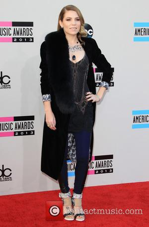 Skylar Grey - 2013 American Music Awards - Arrivals held at Nokia Theatre L.A. Live in Los Angeles, CA. 24-11-2013...