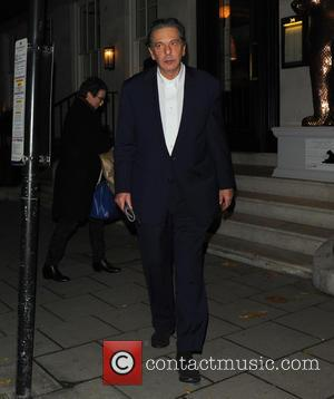 Charles Saatchi - Charles Saatch and Trinny Woodall leaving 34 Restaurant - London, United Kingdom - Friday 29th November 2013