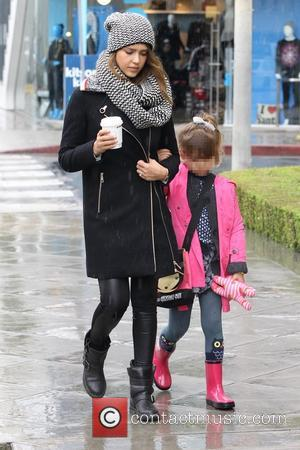 Jessica Alba and Honor Warren - Jessica Alba, along with husband Cash Warren, take their two daughters shopping on Black...