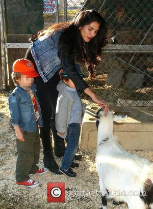 Joyce Giraud, Valentino Ohoven and Leonardo Ohoven - Joyce Giraud and her husband Michael Ohoven take their sons to an...