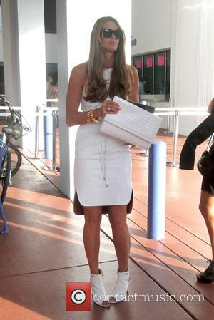 Elle Macpherson - Elle McPherson and husband Jeffrey Soffer visit Art Basel at the Miami Beach Convention Center. - Miami...