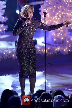 Mary J. Blige - 81st annual Rockefeller Center Christmas Tree Lighting Ceremony - Manhattan, New York, United States - Thursday...