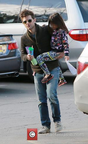 Adam Scott and Frankie Scott - Adam Scott takes his daughter, Frankie to school - Los Angeles, California, United States...