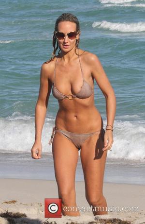 фото голая грудь леди виктория харви-фз2