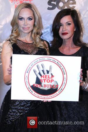 Christina Fulton and Janice Dickson - 'Help Stop The Bully' Pay It Forward Red Carpet Event - Los Angeles, California,...