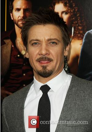 Jeremy Renner - New York screening of 'American Hustle' at the Ziegfeld Theater - Arrivals - New York, United States...